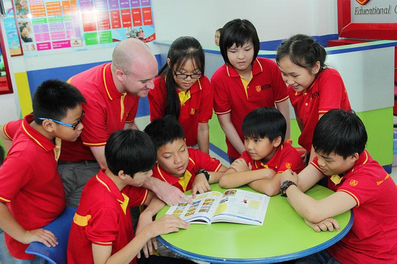 Mô hình đào tạo tiếng Anh Aston hiệu quả cho trẻ